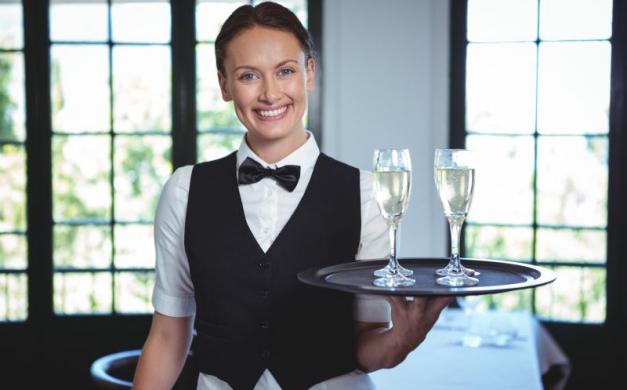 Waiter staff, waiting for you ti aspetta a Mestre!
